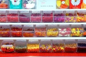 a-real-treat-candy-shop-santa-monica