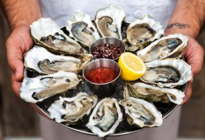 herringbone-sm-oyster-hour-photo-credit-marie-buck